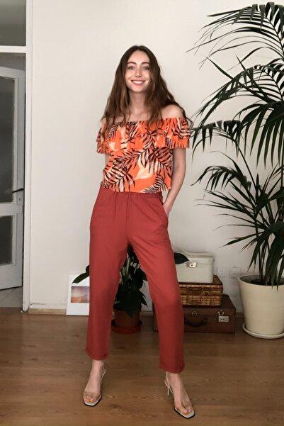 TRENDYOLMİLLA Kiremit Düğme Detaylı Pantolon TWOSS20PL0450