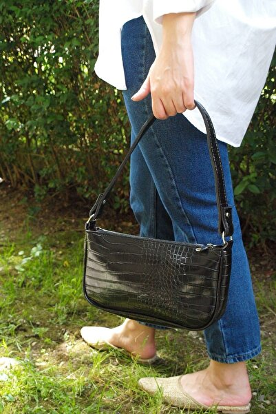 Kadın Siyah Baget Çanta