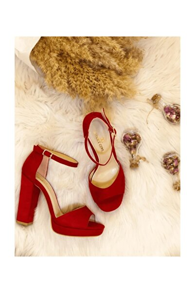 Stella Tekbant Platform Kırmızı Topuklu Ayakkabı