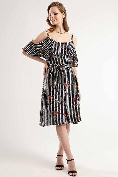 Y-London Kadın Lacivert Zincir ve Kemer Desenli Askılı Uzun Elbise Y20S126-10195-2