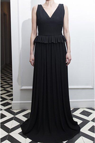 ÖZLEM AHIAKIN Kadın Bel Detaylı Piliseli Siyah Elbise