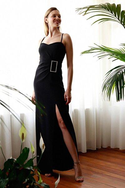 Siyah Aksesuar Detaylı  Abiye & Mezuniyet Elbisesi TPRSS20AE0321