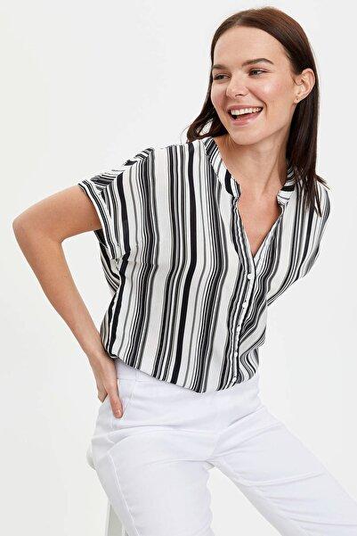Kadın Beyaz Baskılı Desenli Kısa Kollu Gömlek I6173AZ.20SM.WT43