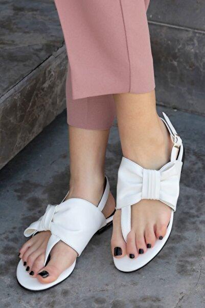Mio Gusto Kadın Papillon Beyaz Fiyonklu Sandalet