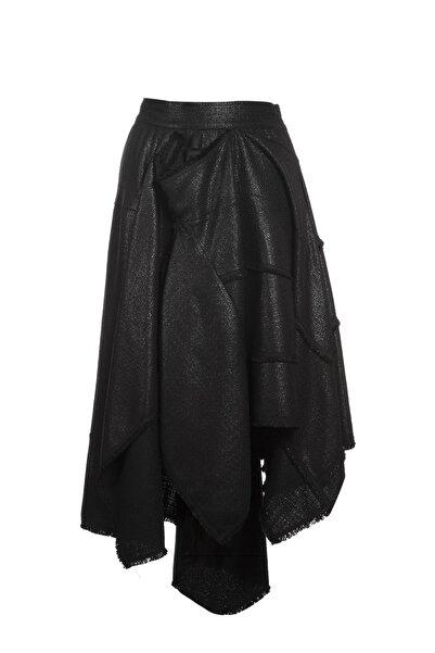 Ayşen Armağan A2 Kadın Parlak Kumaş Asimetrik Etek Siyah