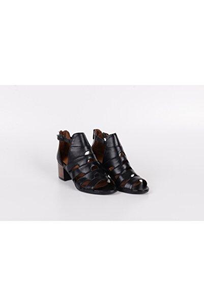 Venüs Hakiki Deri Yazlık Bayan Topuklu Ayakkabı