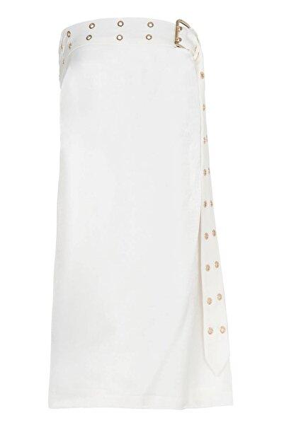 Selma Çilek Beyaz Straplez Kemer Detaylı Elbise