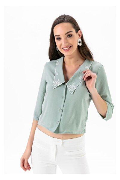 Tiffany A0220 Yakası Işlemeli Düğmeli Bluz