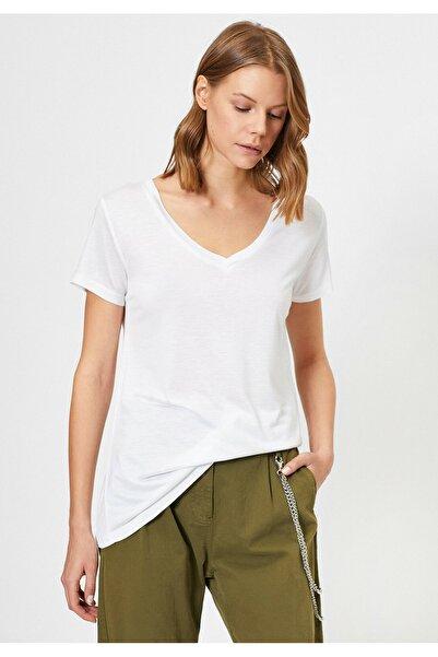 Kadın Beyaz V Yaka T-Shirt 0YAK13878OK