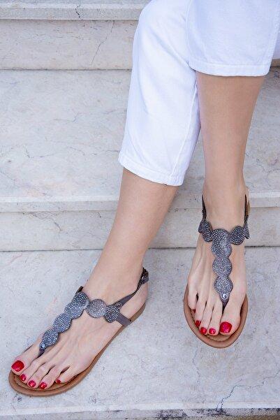 Fox Shoes Platin Kadın Sandalet H713011414