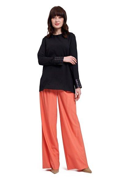 Mizalle Kadın Siyah Mızalle Manşetleri Pul Işlemeli Bluz