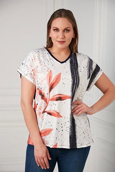 RMG Kadın Lacivert Yaprak Desenli Büyük Beden Tişört