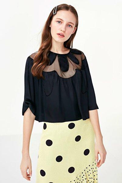 Twist Kadın Siyah Çiçek Form Boncuk İş Bluz TS1200006209001