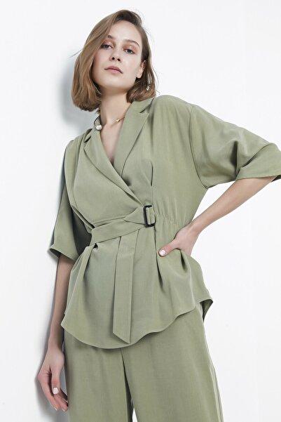 Kadın Küf Yeşili Anvelop Form Kuşaklı Bluz IS1200006220317