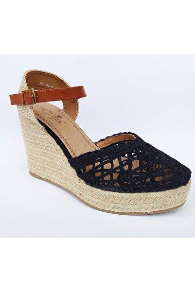 Guja 20y240-4 Dolgu Topuk Hasırlı Burnu Kapalı Kadın Sandalet