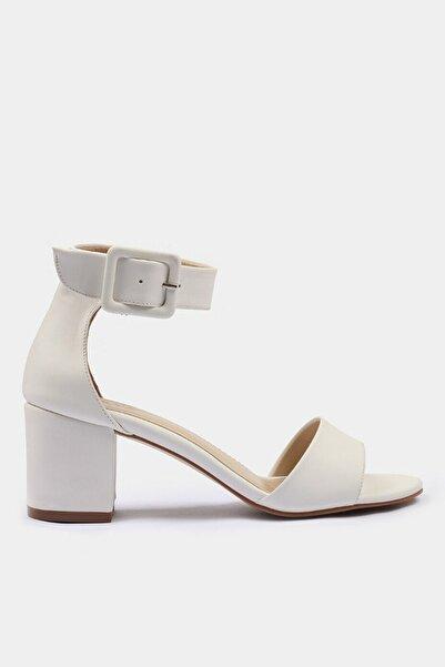 Yaya Kemik Kadın Sandalet