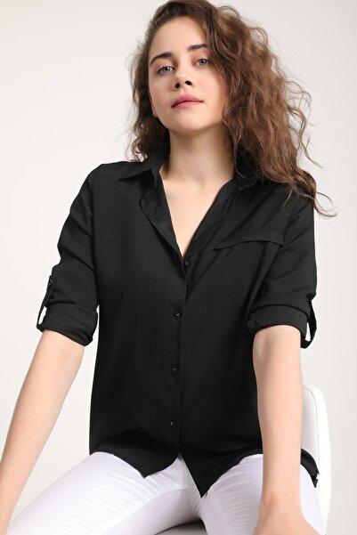 Kadın Siyah Yırtmacı Düğmeli Cepli Gömlek Mtrn4023