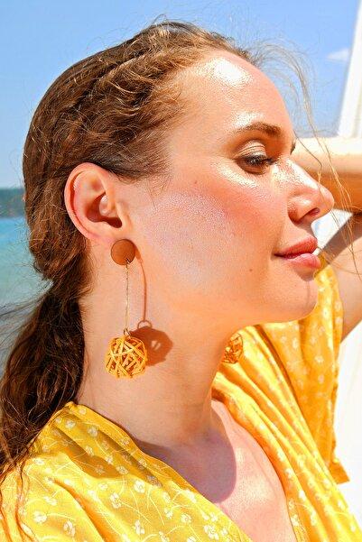 Trend Alaçatı Stili Kadın Hardal Hasır Sarmalı Top Küpe ALC-A1839