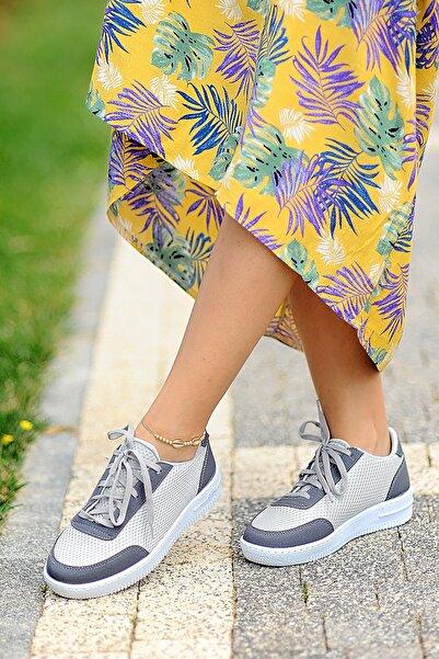 Pembe Potin Kadın Gri Ayakkabı