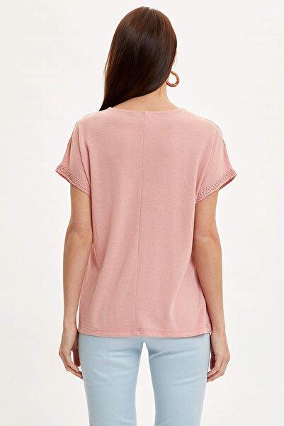 Kadın Bordo Dantelli Boyundan Bağlama Detaylı Kısa Kollu T-Shirt N7799AZ.20SM.BR74