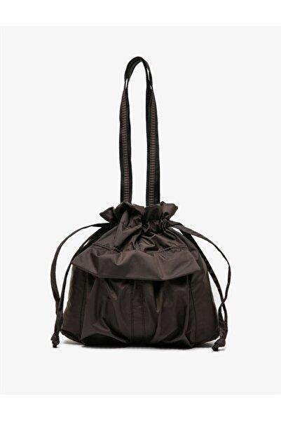 Koton Kadın Kahverengi Büzgülü Çanta