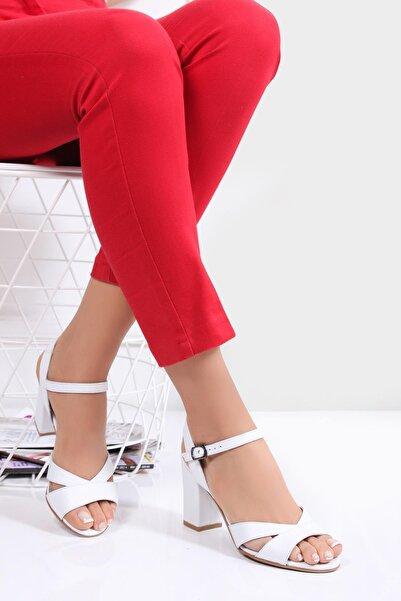 Deripabuc Kadın Beyaz Hakiki Deri Topuklu Ayakkabı SHN-0038