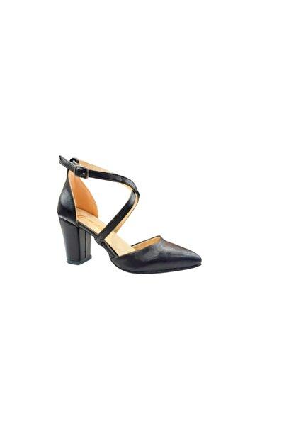 Emay Ayakkabımod Kadın Siyah Cilt Bilekten Çapraz Bağlamalı Topuklu Ayakkabı