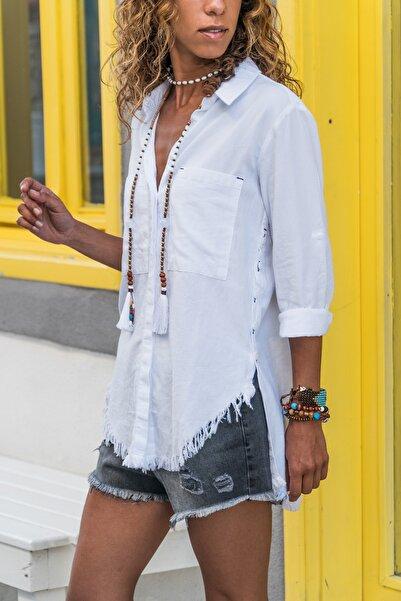 Güneşkızı Kadın Beyaz Yanı Düğmeli Eteği Püsküllü Gömlek GK-AYN1666