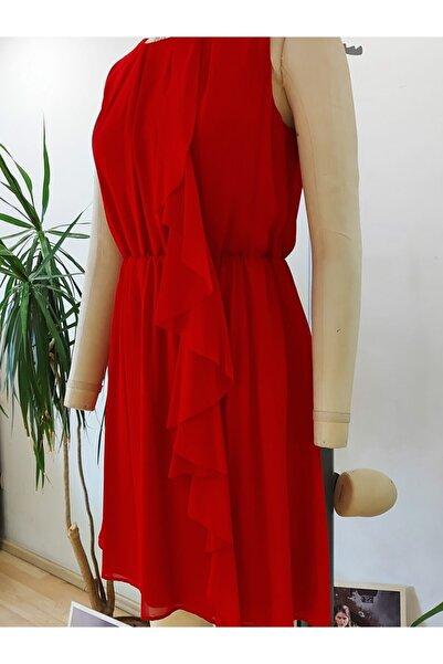 Bosca Yandan Fırfırlı Kolsuz Şifon Elbise
