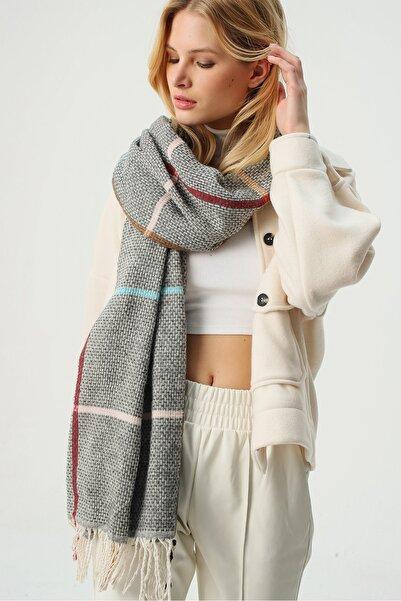 Trend Alaçatı Stili Kadın Gri Yün Karışımlı Desenli Şal ALC-A2068