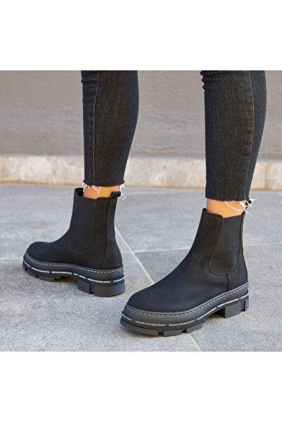Ayakkabı Delisiyim Noryet Siyah Kalın Tabanlı Lastikli Bot