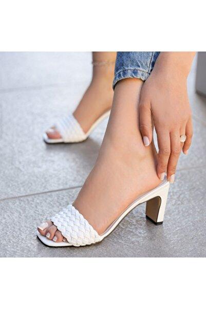 Ayakkabı Delisiyim Maylis Beyaz Hasır Örgülü Topuklu Terlik