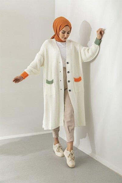 Moda Bu Kadın Beyaz Renkli Uzun Düğmeli Hırka