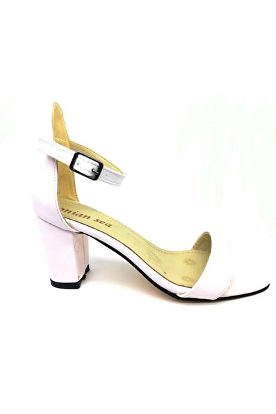 Lion Beyaz Tek Bant Yüksek Topuk Bayan Ayakkabısı
