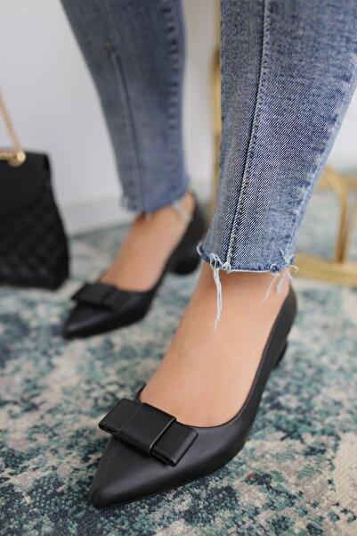 Limoya Ezra Siyah Deri Topuk Detaylı Ayakkabı