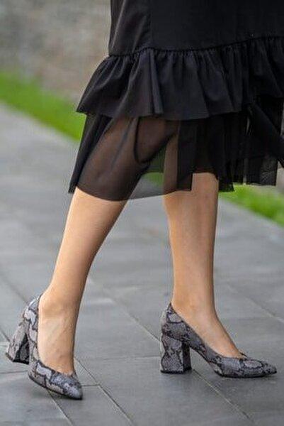 Anna Gri Yılan Desenli Ayakkabı
