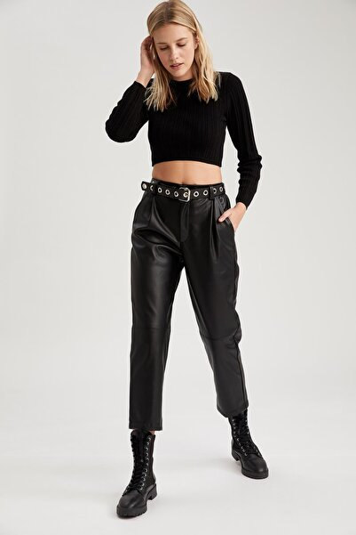 DeFacto Kadın Siyah Suni Deri Cep Detaylı Yüksek Bel Pantolon