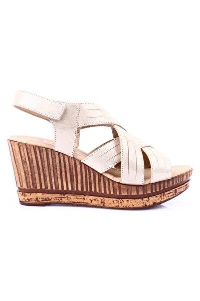 Venüs Kadın Pembe Hakiki Deri Dolgu Topuk Casual  Sandalet 1911605