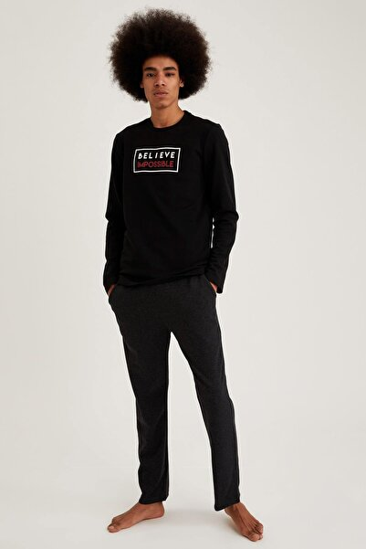 DeFacto Fit Erkek Black Red Believe İmpossive Baskılı Regular Fit Pijama Takım S9463AZ20WN