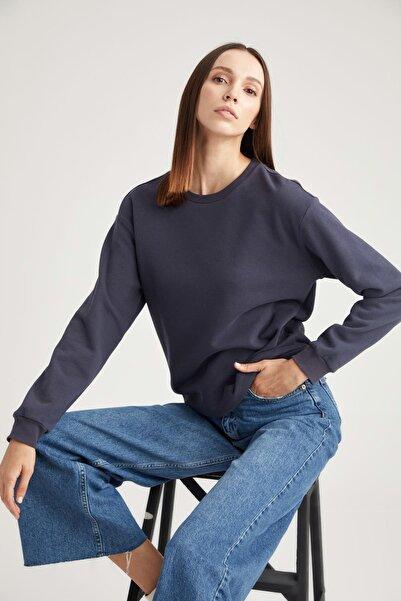 DeFacto Kadın Lacivert Basic Relax Fit Sweatshirt