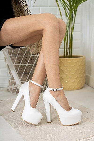 Tolgado Kadın Yeni Tarz Kare Topuklu Beyaz Renk Gelinlik Altı Platform Ayakkabı
