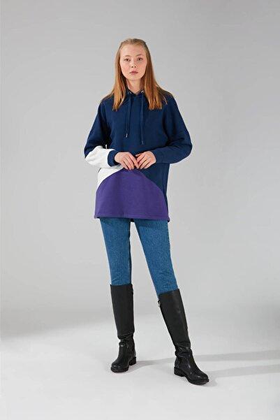Mizalle Kadın Lacivert Parçalı Sweatshirt