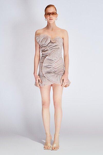 Raisa&Vanessa for Trendyol Bej Payetli Drape Detaylı Elbise TDPSS20EL0147