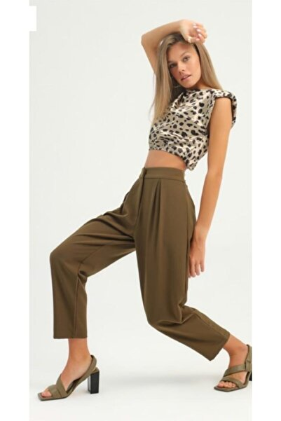 Quzu Kadın Haki Pileli Kumaş Pantolon
