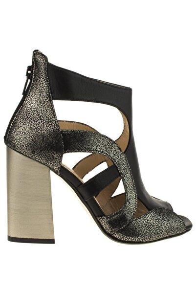 Venüs Kadın Siyah Deri Fashion Topuklu Sandaleti 1828021