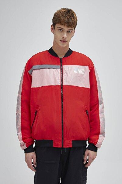 Pull & Bear Erkek Kırmızı Siyah Blok Renkli Nasa Bomber Ceket