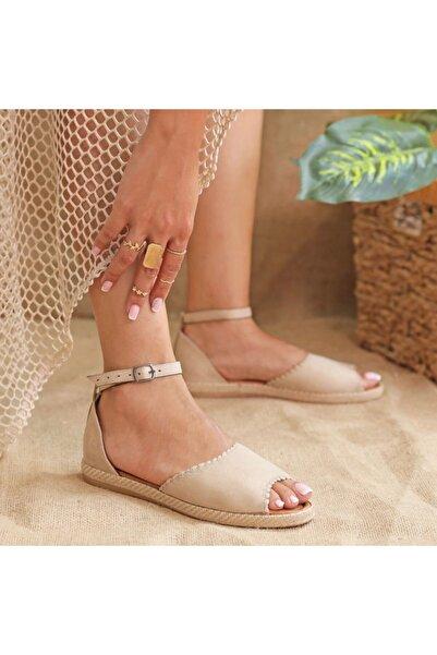 Ayakkabı Delisiyim Kinaye Süet Bej Burnu Açık Kadın Sandalet