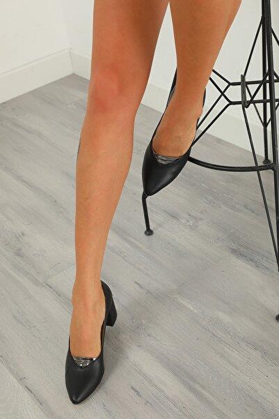julude Kadın Siyah Topuklu Ayakkabı