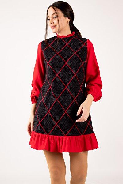 armonika Kadın Kırmızı Yakası Ve Altı Fırfırlı Desenli Elbise ARM-21K001041