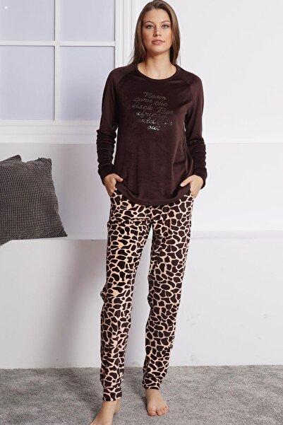 VİENETTA Kadın Lycralı Kadife Uzun Kol Normal Beden Yazılı Desen Kahverengi Pijama Takım